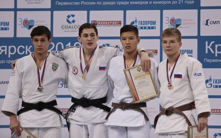 Две медали завоевали дзюдоисты Приангарья на первенстве России среди юниоров и юниорок до 21 года.